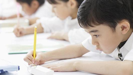 全国首批160家校外培训机构签署自律公约承诺诚信规范办学