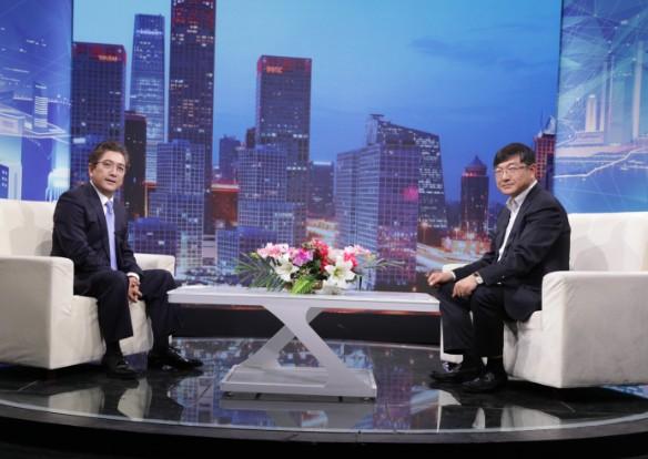 """""""富承祥牧业科技""""总经理王振波对话《信用中国》主持人水均益"""