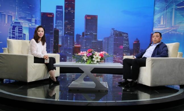 """""""潘家庄园文化旅游""""创始人潘军峰对话《信用中国》主持人张露馨"""